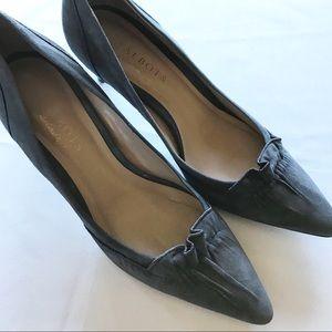Talbots Grey suede High Heel 7 1/2